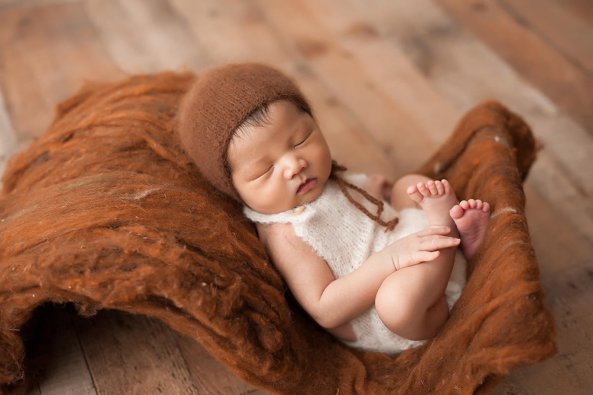 Suwanee Newborn photographer